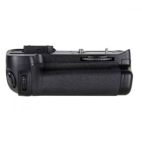 MB-D11 Battery Grip for Nikon D7000